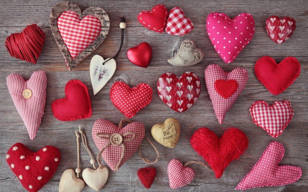 Сердечки на 14 февраля из ткани