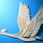 Летающий лебедь поделка своими руками