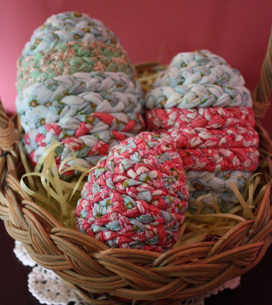 Яйца из ткани к пасхе