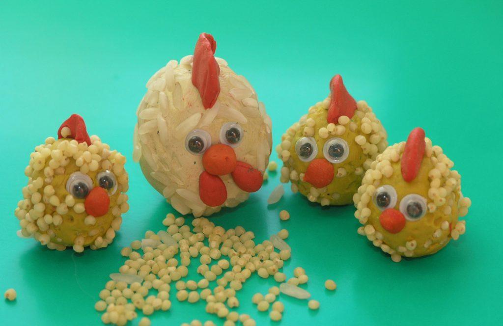 Курицы поделка