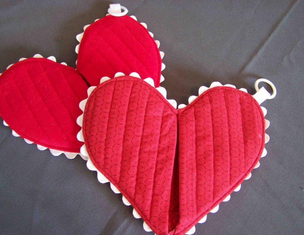 Прихватка сердце из ткани
