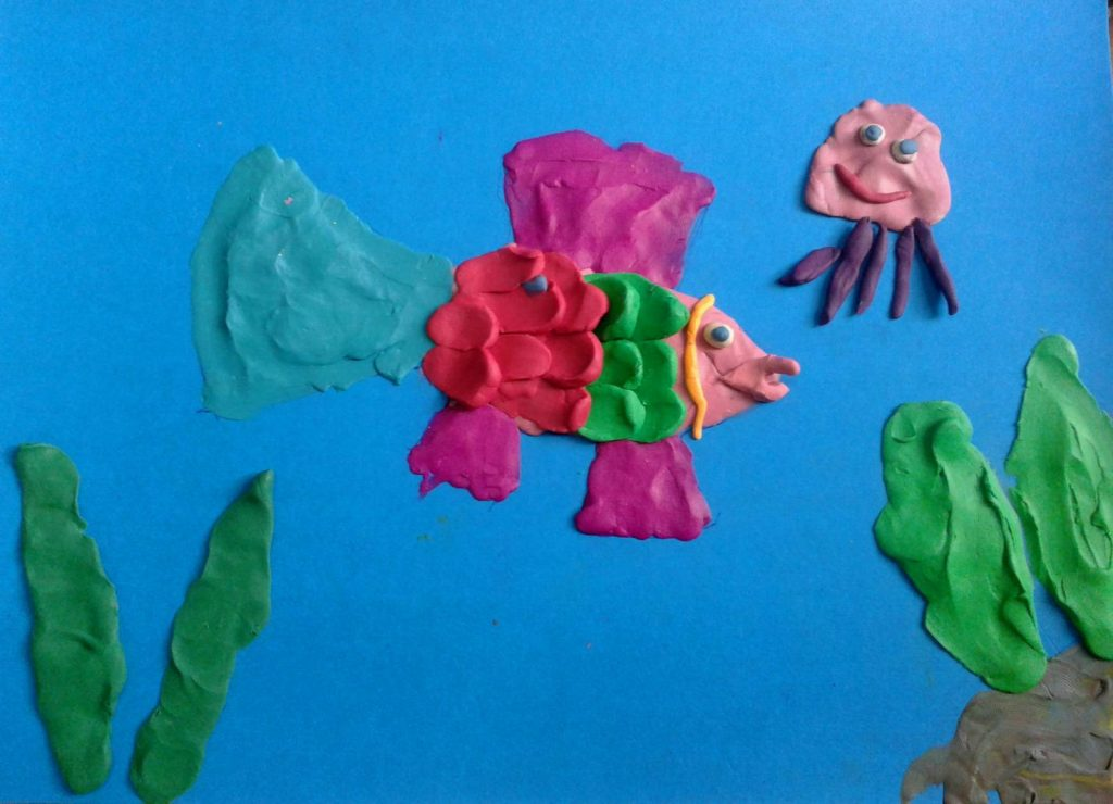 Поделка рыб из пластилина