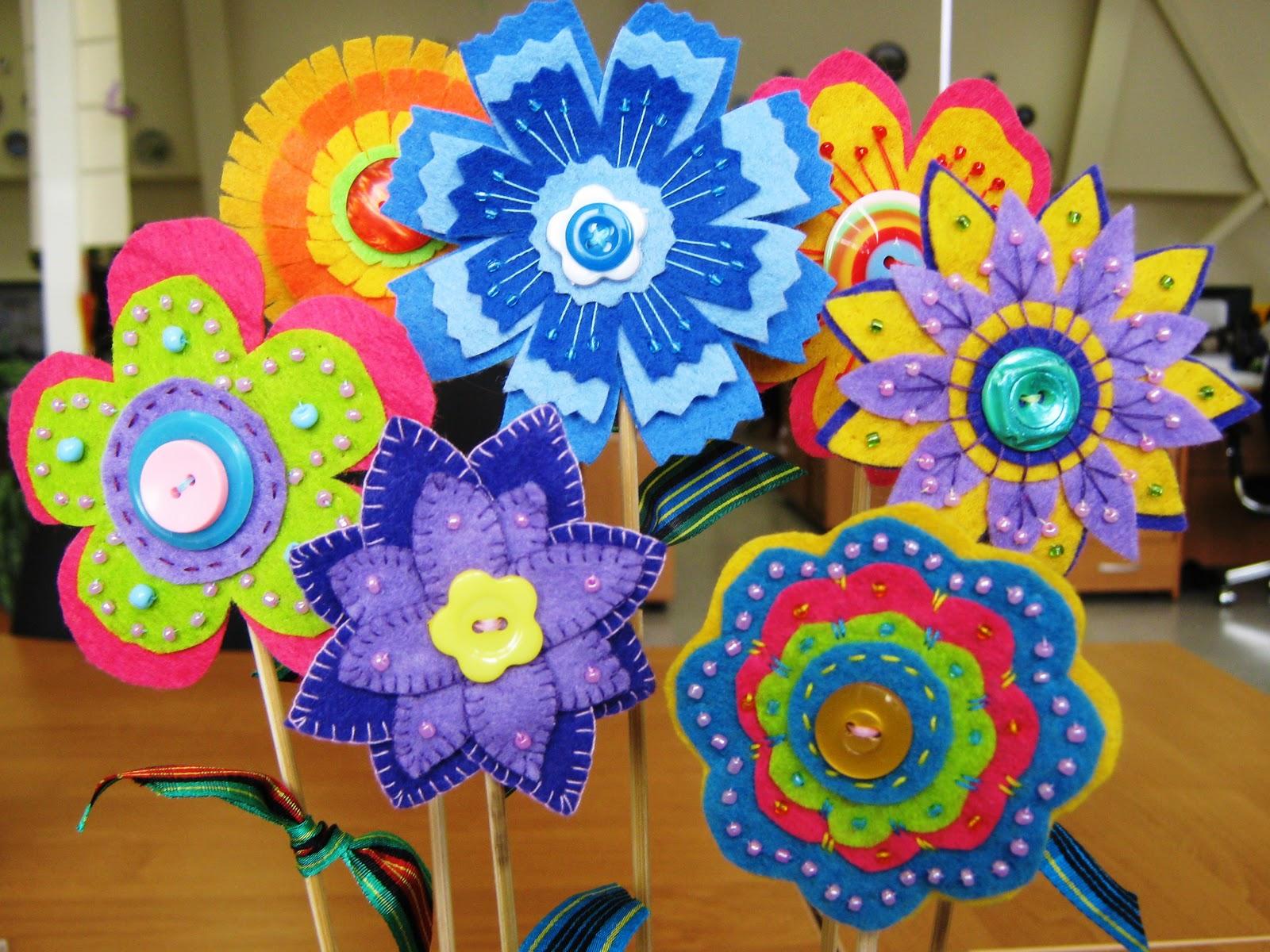 Поделки из фетра своими руками фото цветы 7