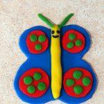 Бабочка в виде лепки