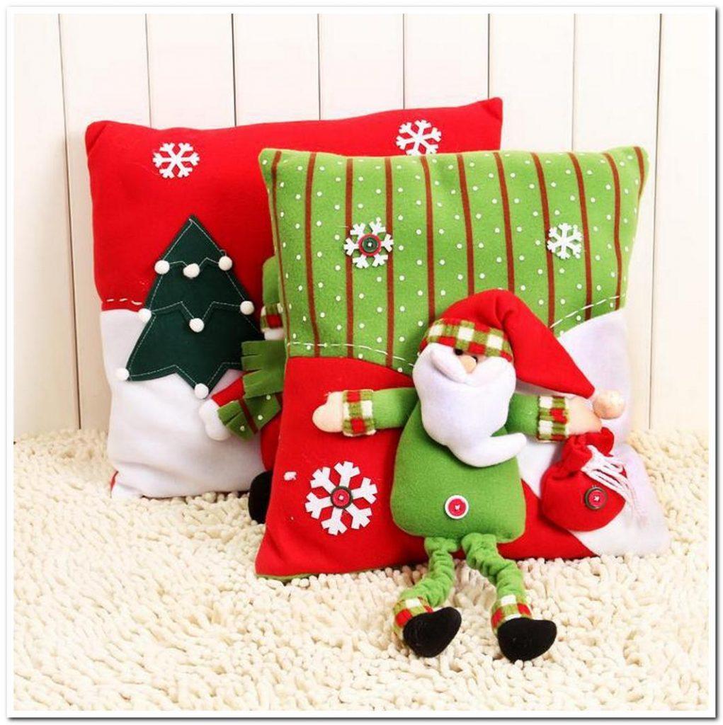 Стильная подушка на новый год