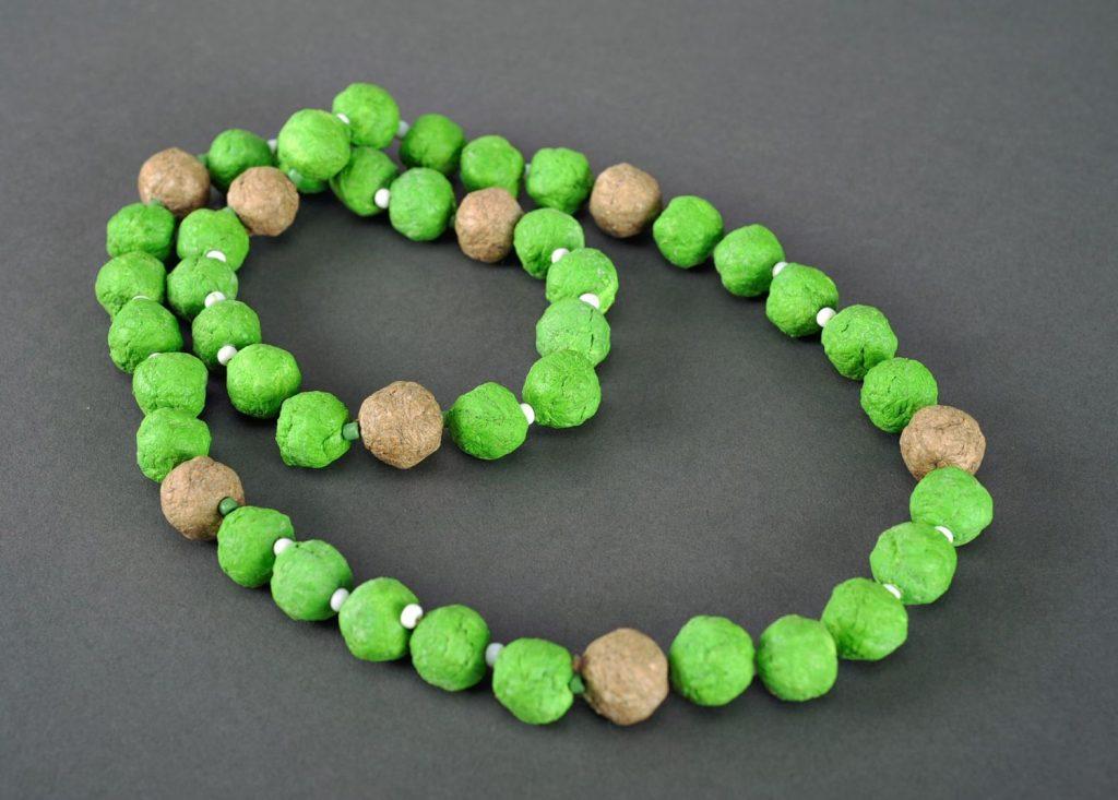 Зеленые бусы