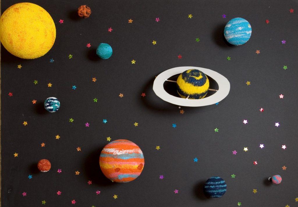 Космос из пластилина