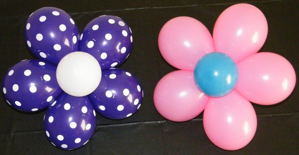 Два цветка из шариков
