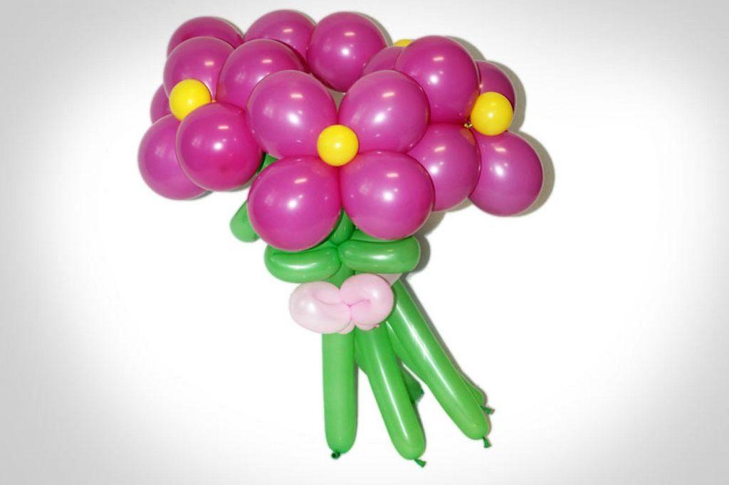 Композиция цветов из шаров