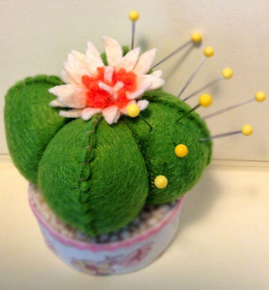 Игольница в форме кактуса
