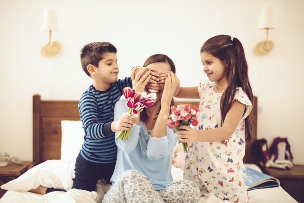Сюрприз маме от детей