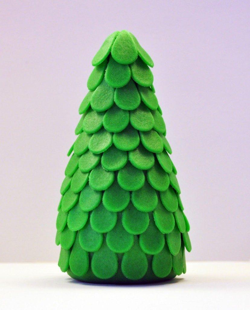 Пример лепки елки