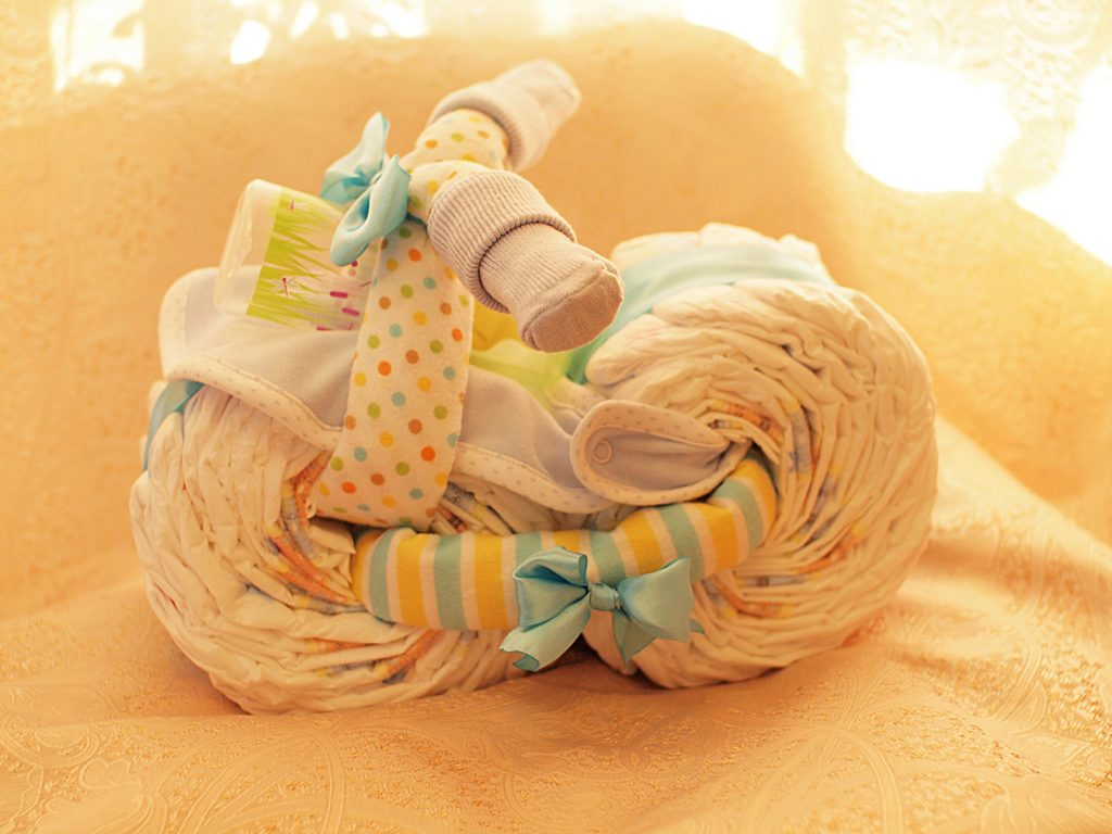 Памперсы поделка в подарок малышу