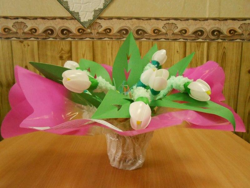 Букет из тюльпанов на фото