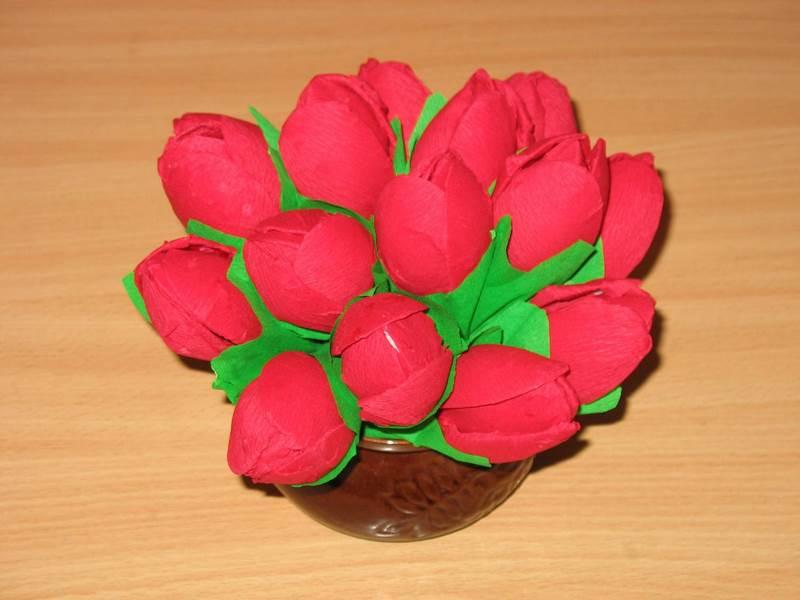 Красные тюльпаны своими руками