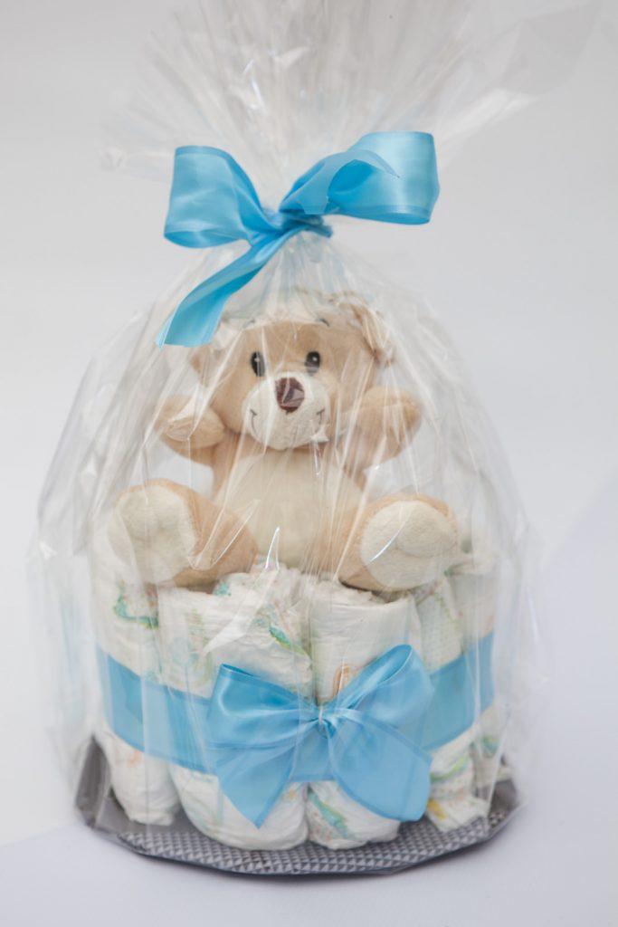 Памперсы торт своими руками с подарком