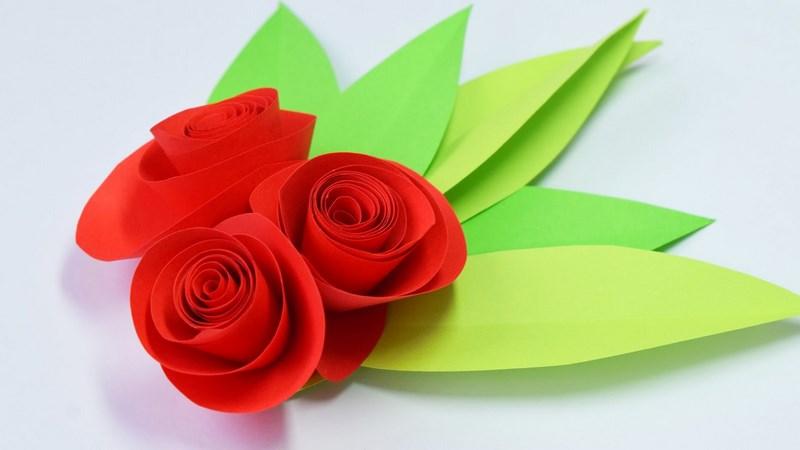 Розы из бумаги в подарок маме