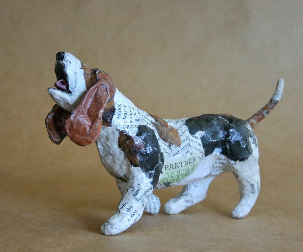 Собака в стиле папье маше