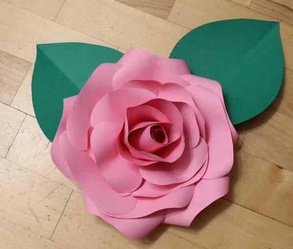 Розы из бумаги в подарок