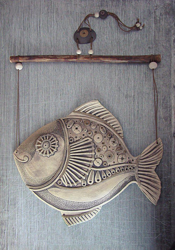 Подвеска рыбы из папье маше