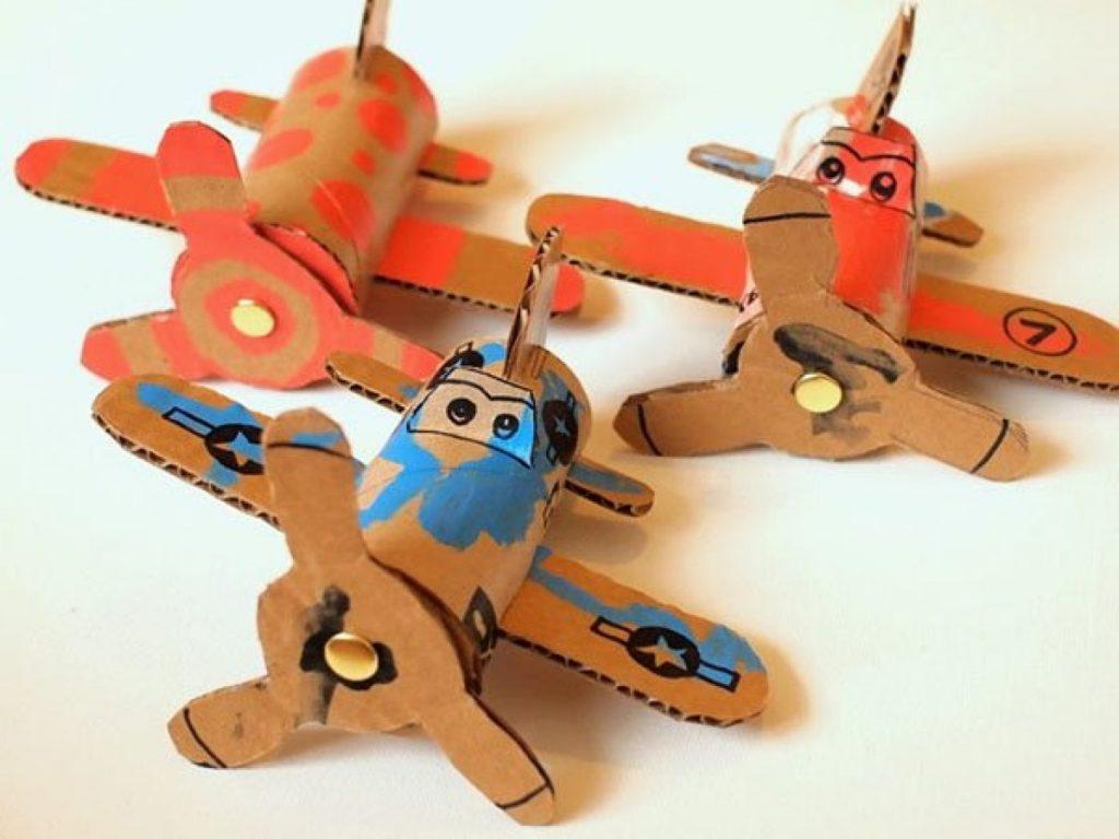 Объемные самолеты поделки
