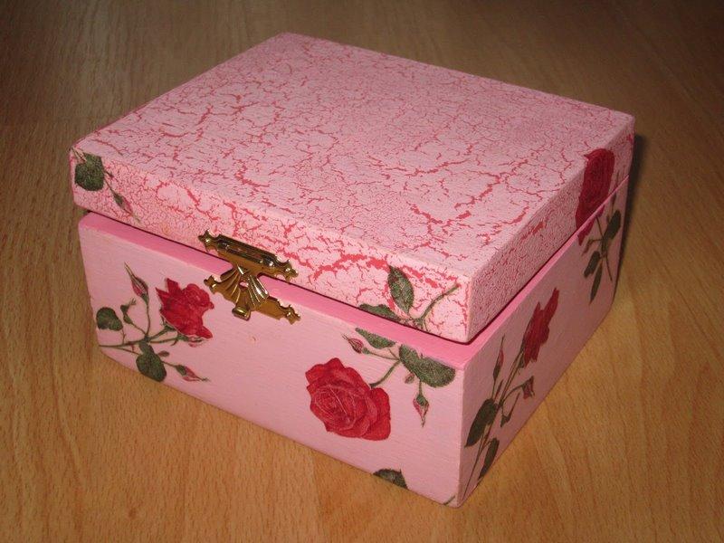 Розовая шкатулка поделка