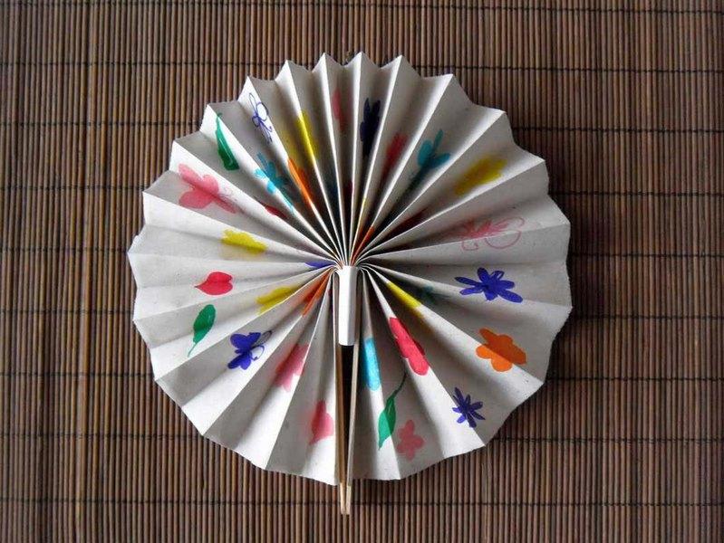 Бумажный веер