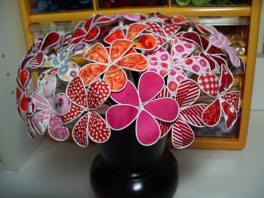 Поделка из ткани цветы