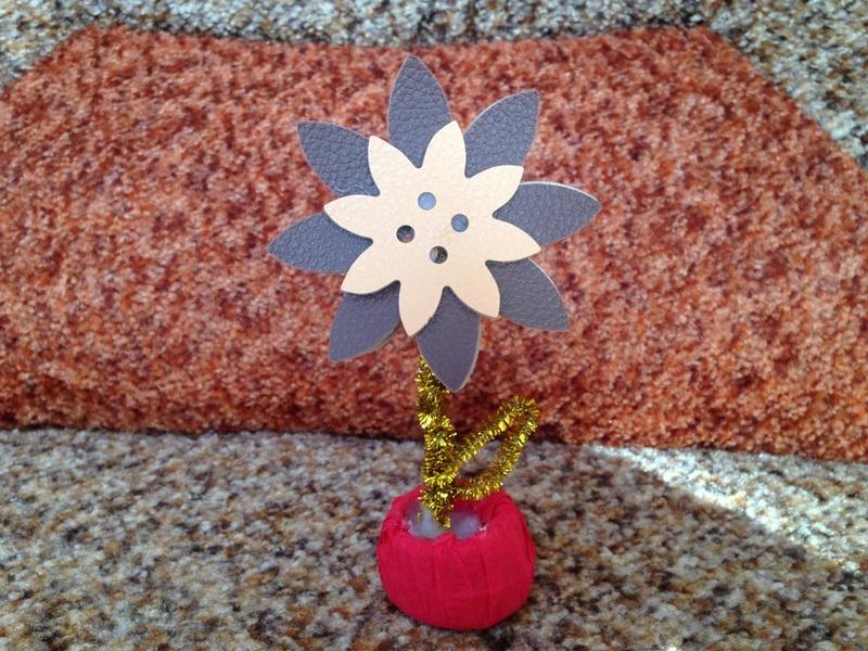 Поделка цветок на горшке из бумаги