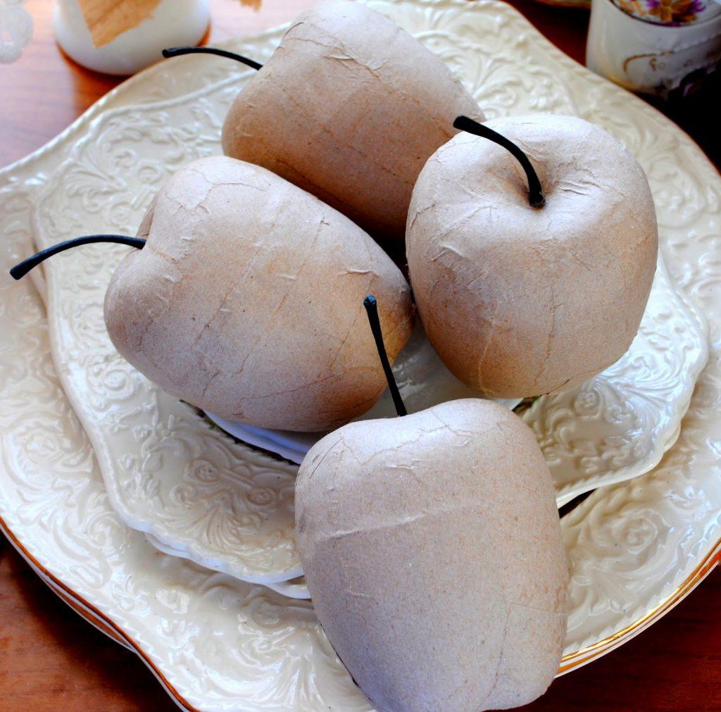 Яблоки из папье маше