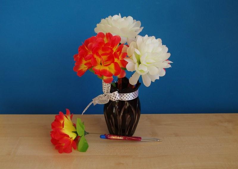 Цветы в вазе поделка