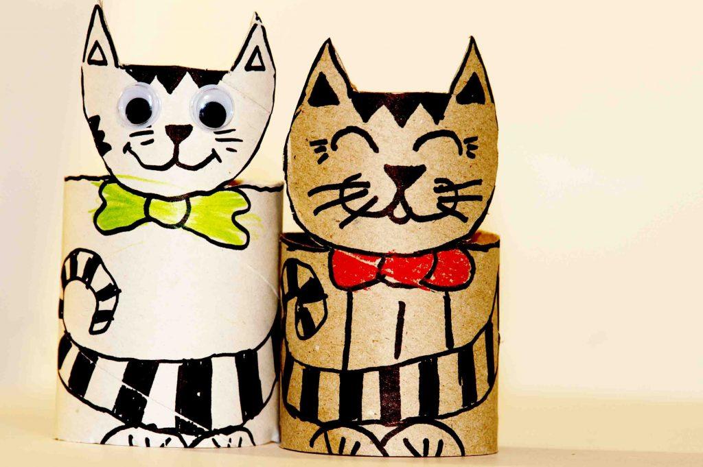Котики из картона