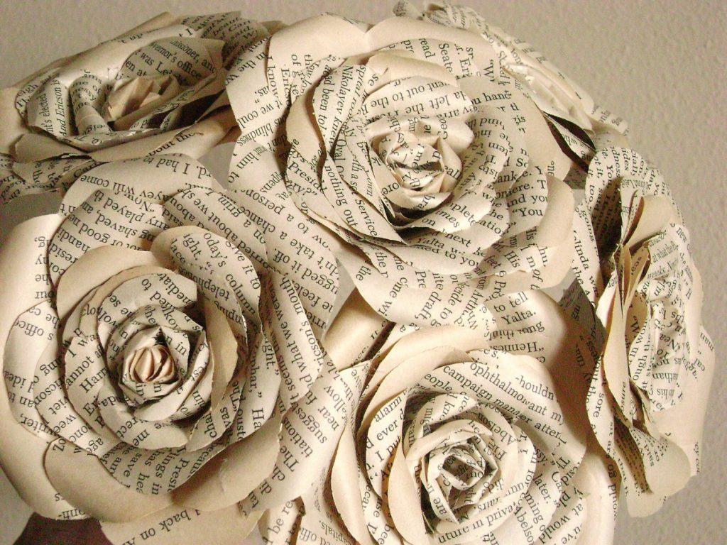 Роза из газет