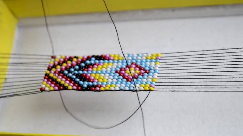 плетение толстого браслета из бисера