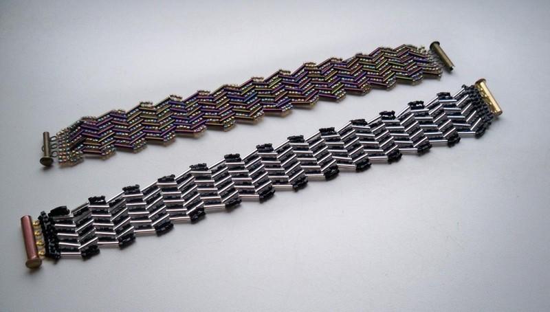объемный мужской браслет из бисера