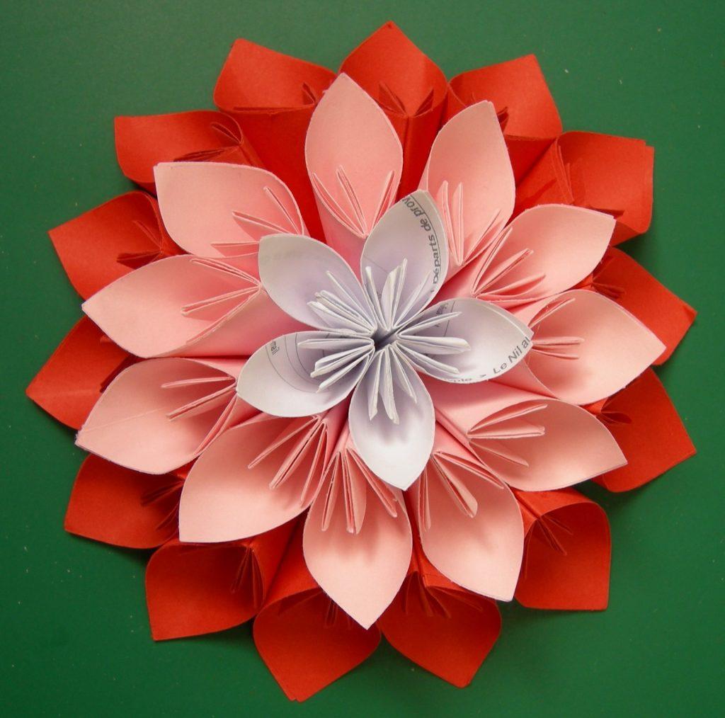 Объемный цветок из оригами