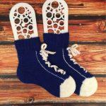 Вязанные носки дедушке