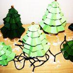Бумажная елка с гирляндой