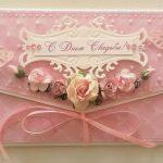 Оформление денежного конверта бантом в розовом цвете