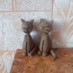 Коты из глины