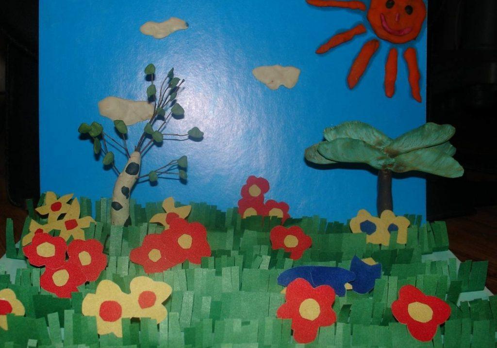 Объемная поделка клумба с цветами