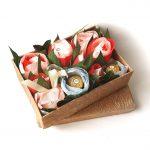 Букет из конфет в подарочной коробке