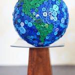 Поделка глобус из пуговиц