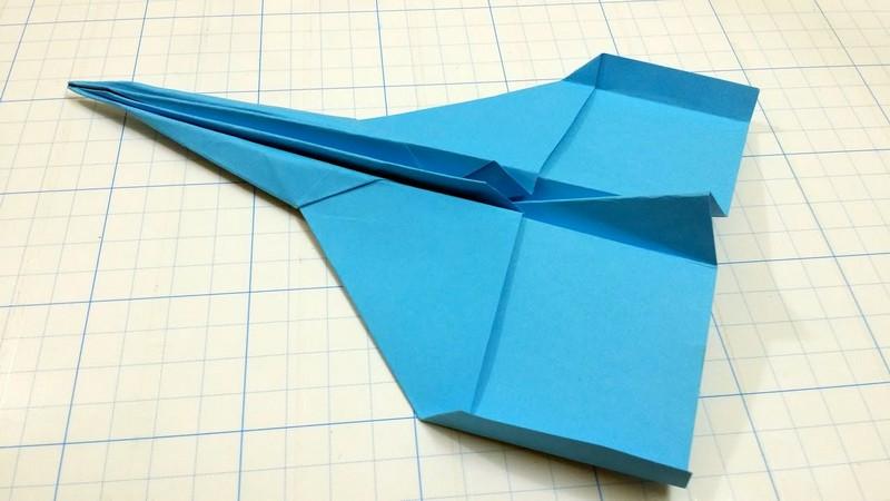 простой бумажный самолетик