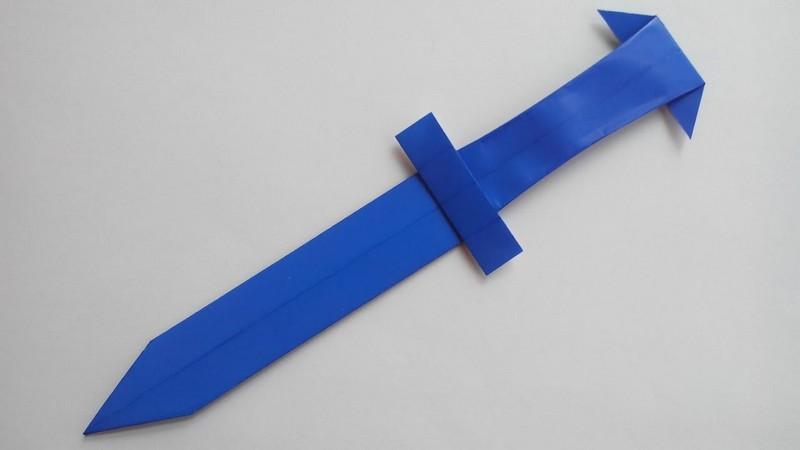 Синий меч из бумаги