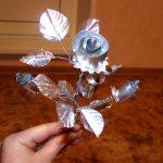 Поделка- роза из фольги