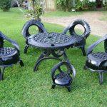 Стол со стульями для дачи