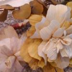 Цветки из кукурузы