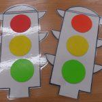Идея для светофора из картона