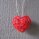 Поделка из ниток - сердце